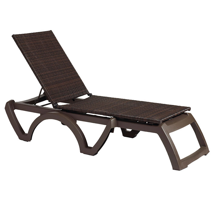 Grosfillex java all weather wicker chaise bronze mist for Chaise coffre